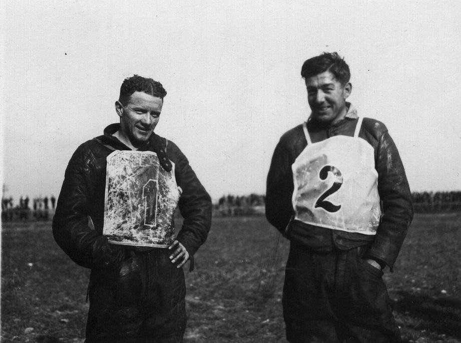 Nr. 1 er australieren Bluey Wilkinson, der senere i 1938 blev verdensmester. Nr. 2 er Morian Hansen.