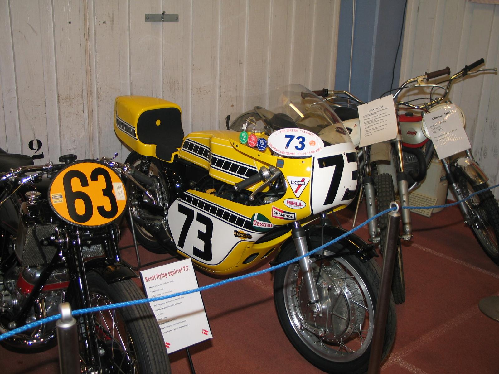 Med nr. 73 Svend Andersson flotte Yamaha racer.