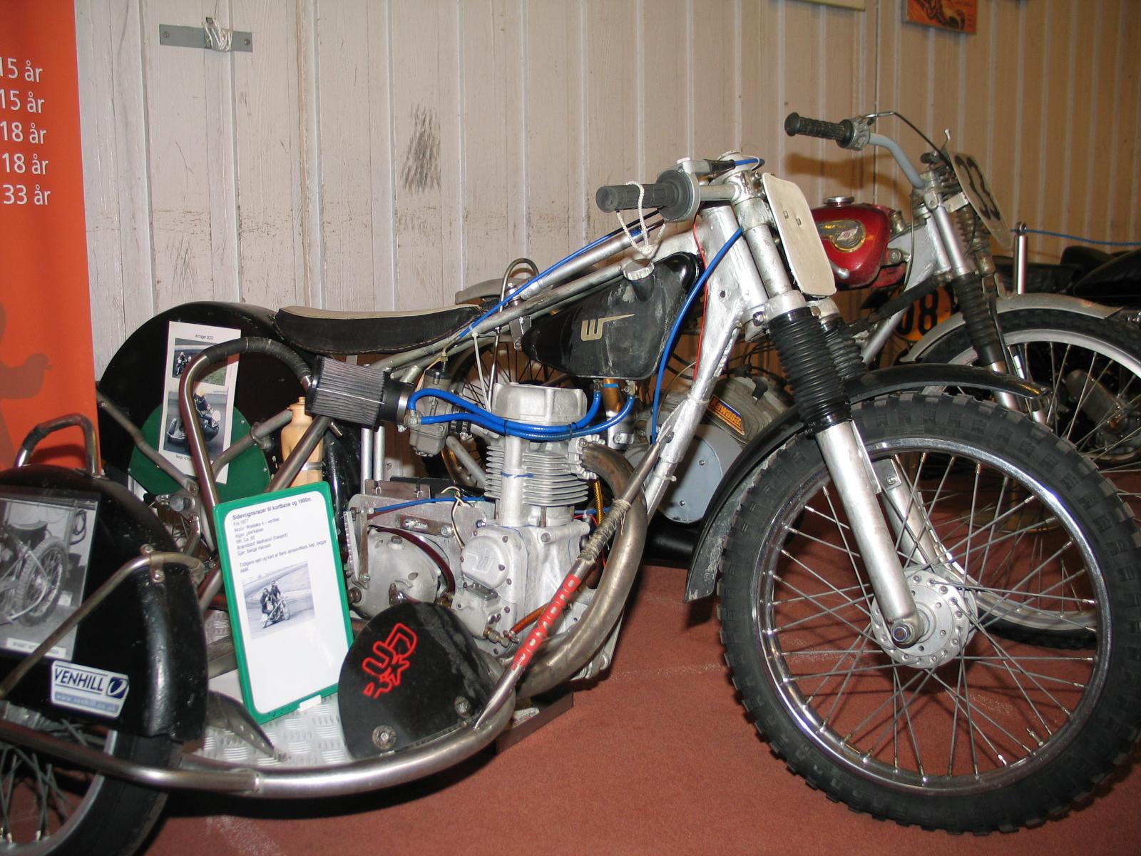 Sidevognsracer med Weslake Motor. Tidligere kørt og ejet af Bent Jensen/Niels Sejr.