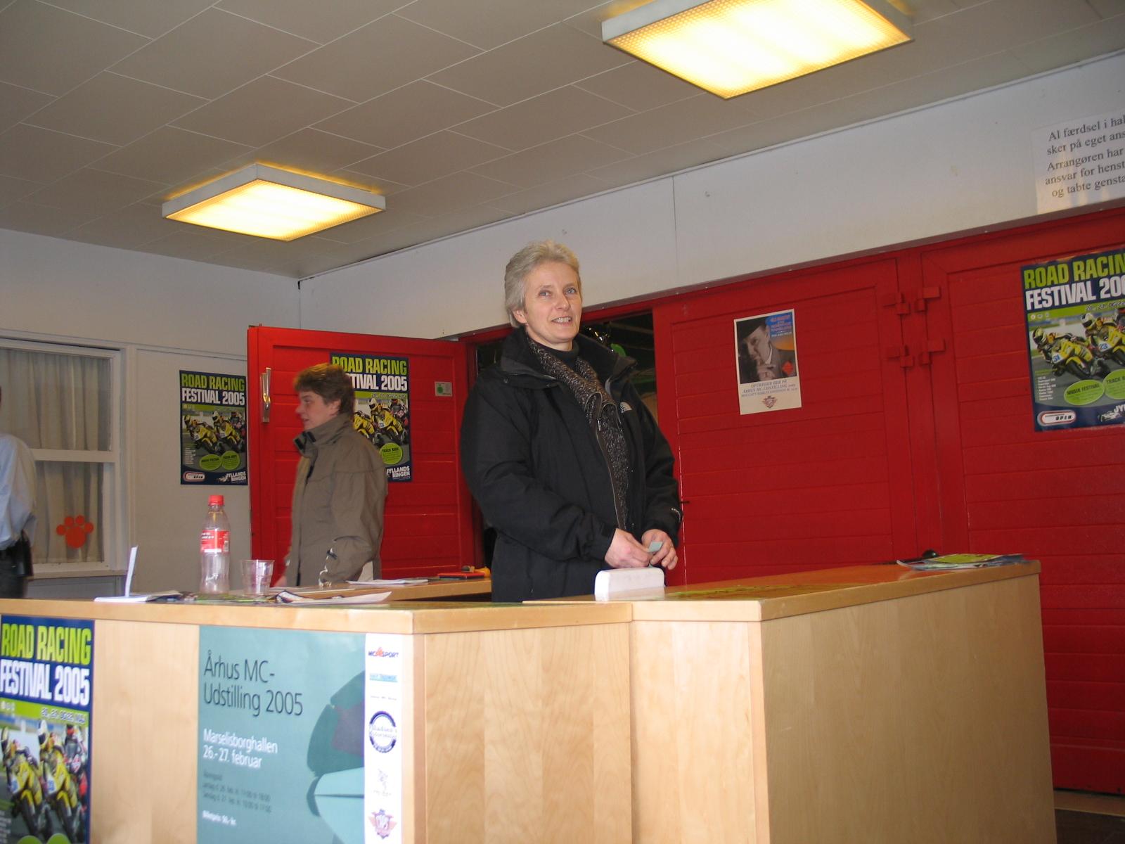 Vibeke Krause-Kjær var også i billetsalget.