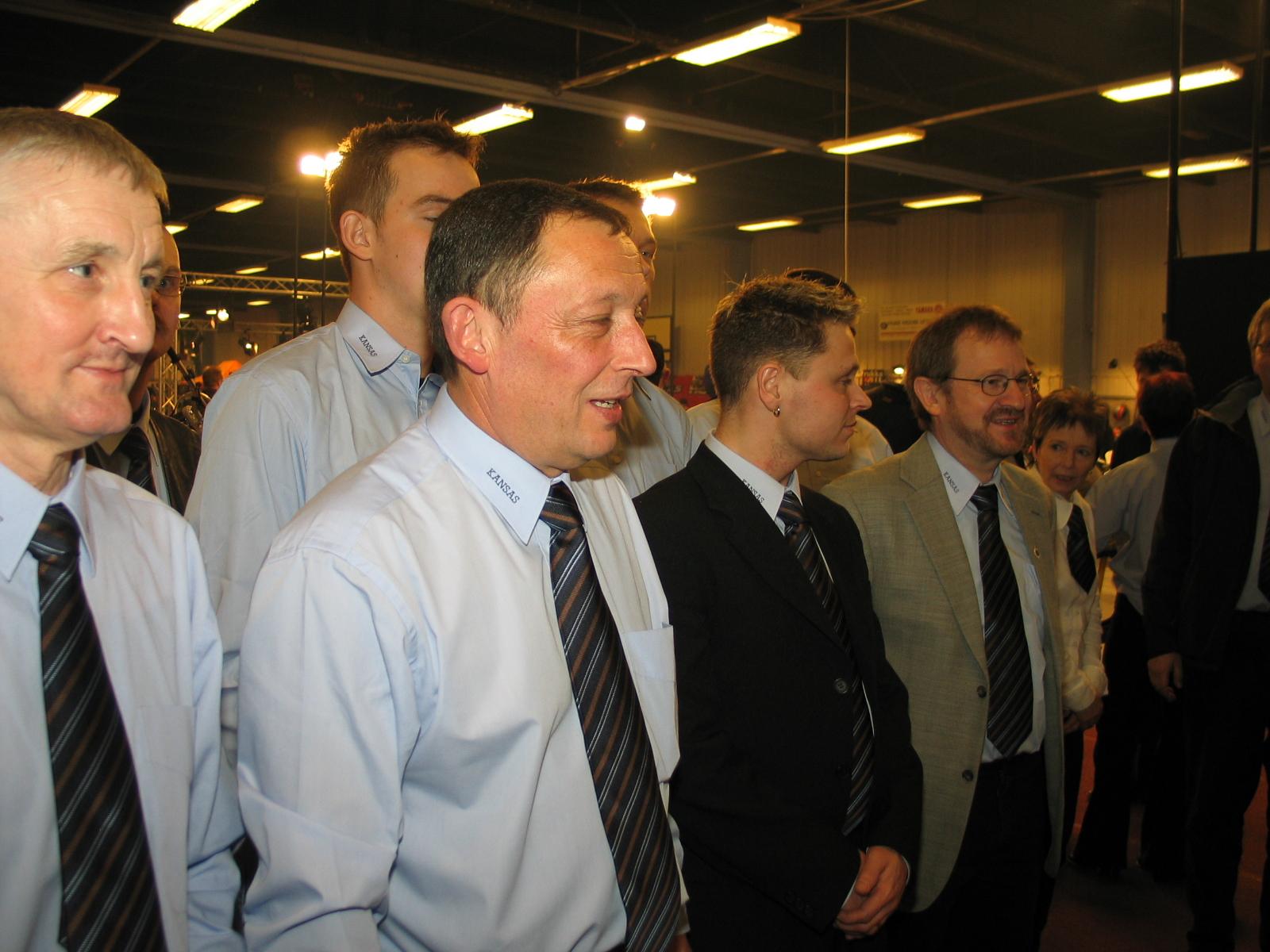 Krause, Bent A., Heine og Bent J. i forreste række.