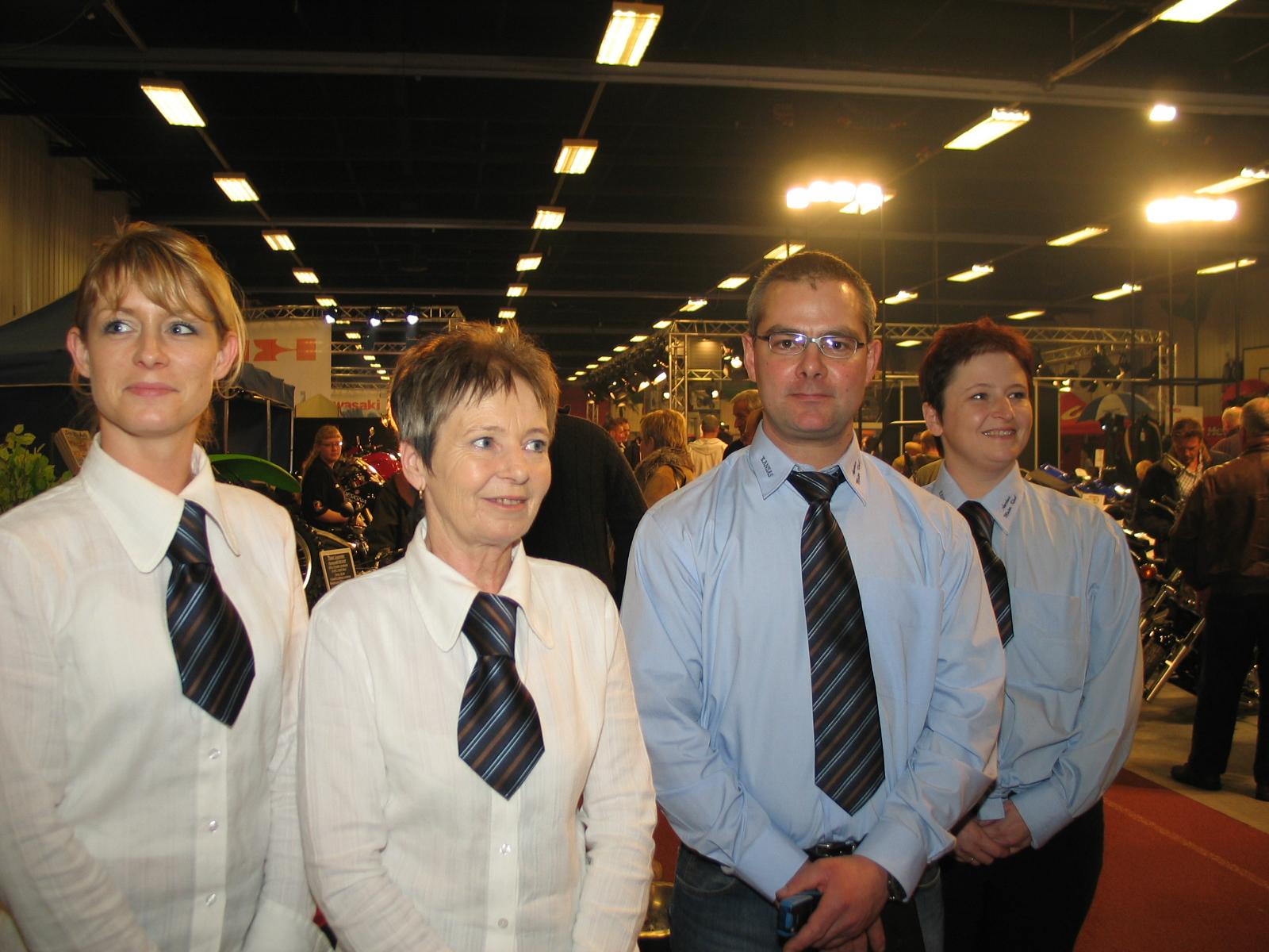 Stabsbillede mere. Fra højre Heidi, Lars Sørensen og fru Andersen.