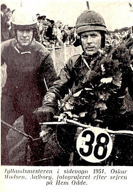Motorbogen 1956 bragte dette billede fra JM 1951