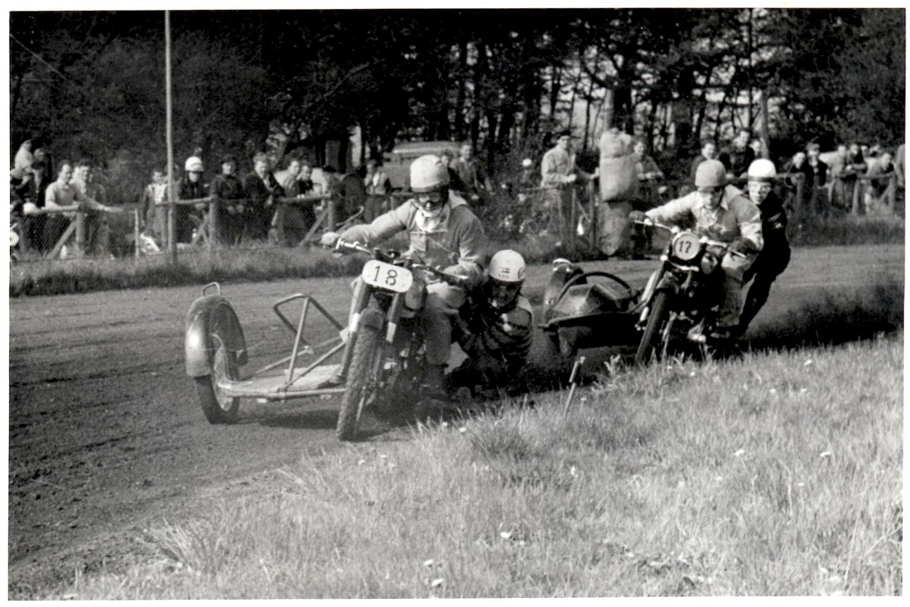 Harry Pedersen foran Kresten Krestensen.