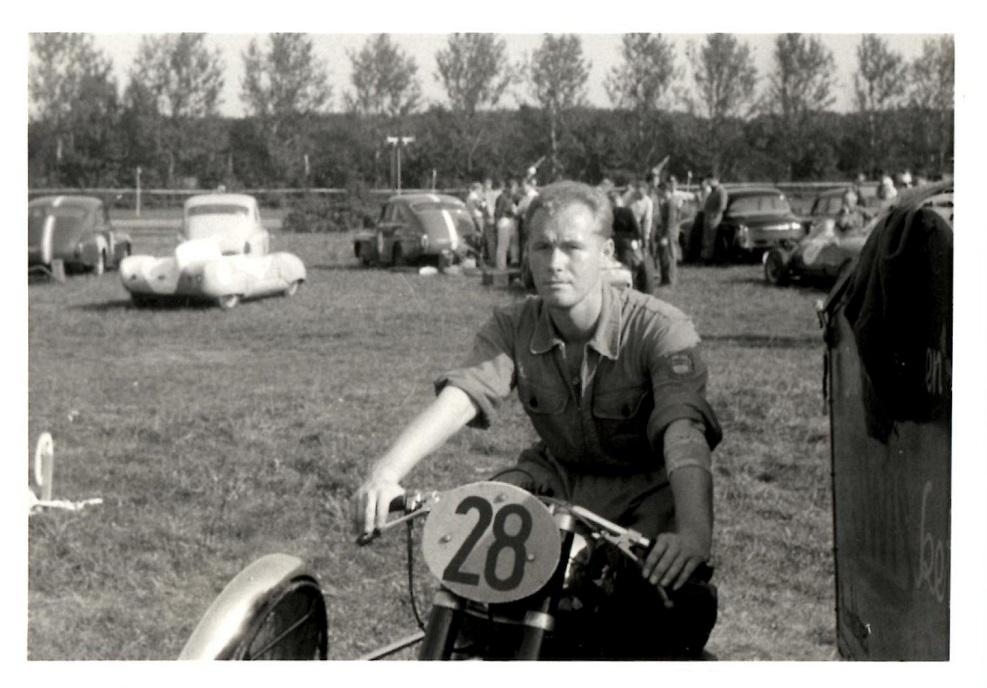 Hermann Josef Knappstein kom med en fin Horex.