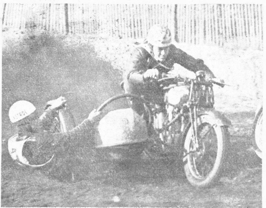 DM Bakkeløb Volk Mølle 1949. Kresten sejrede med fynske Poul Bøgehøj i sidevognen