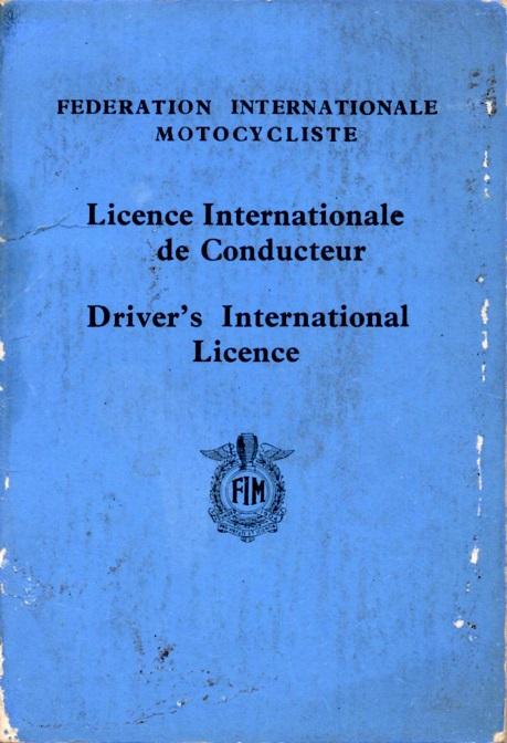 Det sidste år Kresten rigtig kørte var i 1955, og her ses hans internationale licens for det år.