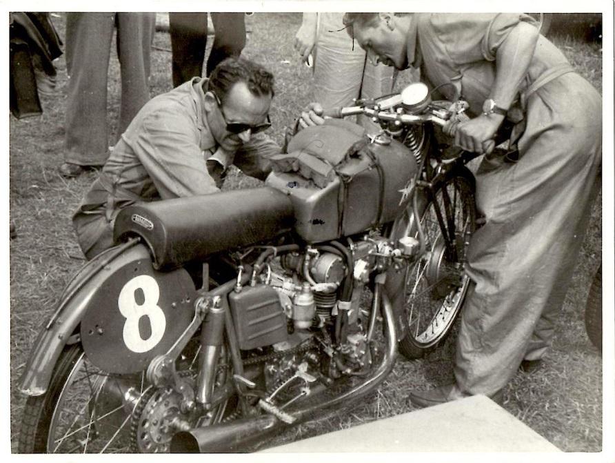 MV Augusta havde til 1950 sæsonen udviklet denne 125cc racer, der blev kørt af italieneren Felice Benasado. Det var en 4-T DOHC, meget avanceret og ikke stabil. I dette løb blev Benasado nr. 5, og det blev den eneste VM-placering dette år.