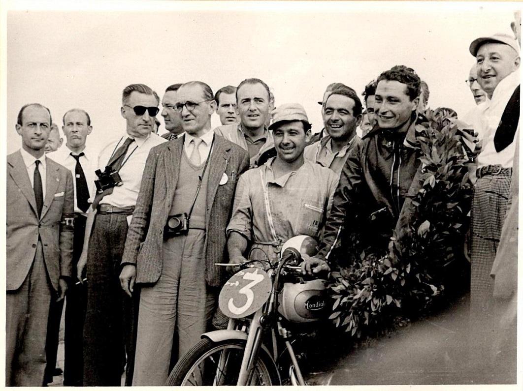 Mondial var rigtig stærke i 125cc klassen. Vinderen Bruno Ruffo.