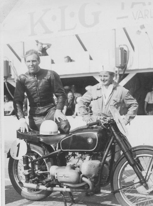 Carlo var med på klubbens tur til Saxtorp i 1939, hvor det store navn var Georg Meier på BMW.