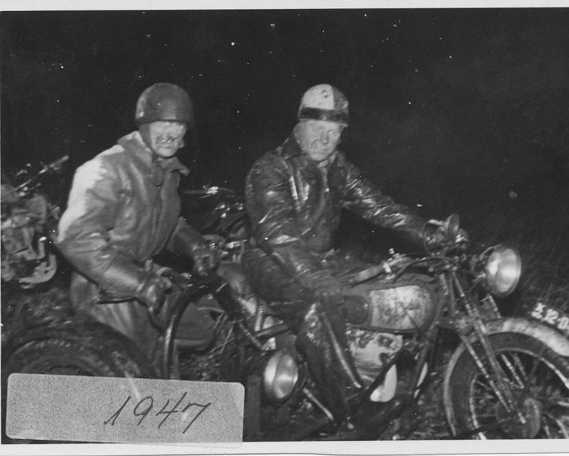 Jydsk Grand Prix ved Havndal var et dag og nat løb. Carlo blev her nr. 3. Mærkning 1947 er forkert, det var 1946.