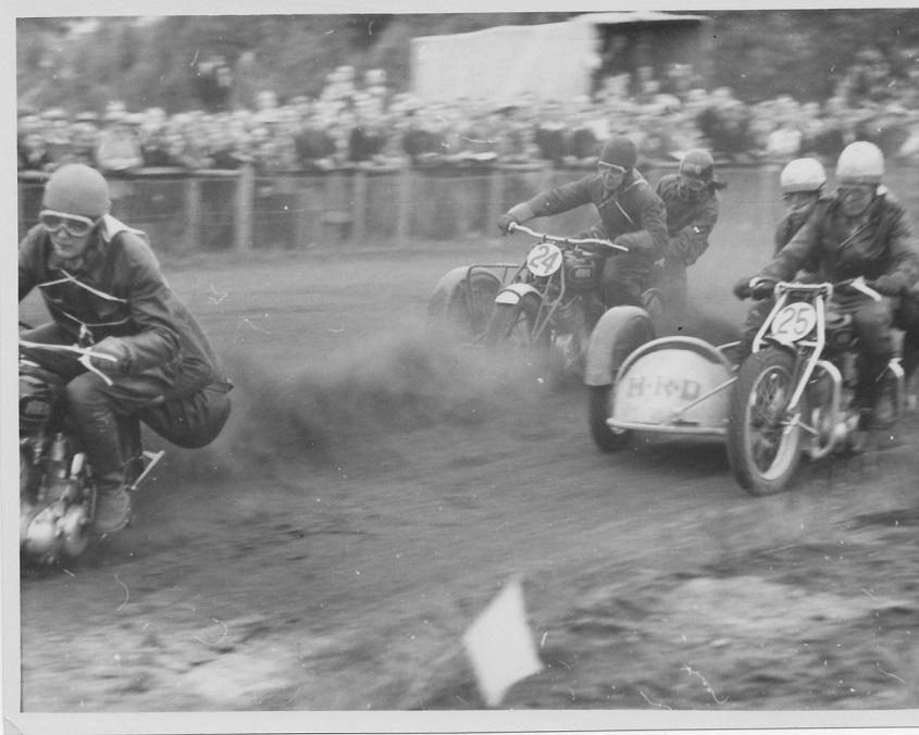 3 stk. HRD på Hem Odde maj 1950. Svend jensen foran Carlo og Thorkild Sørensen.