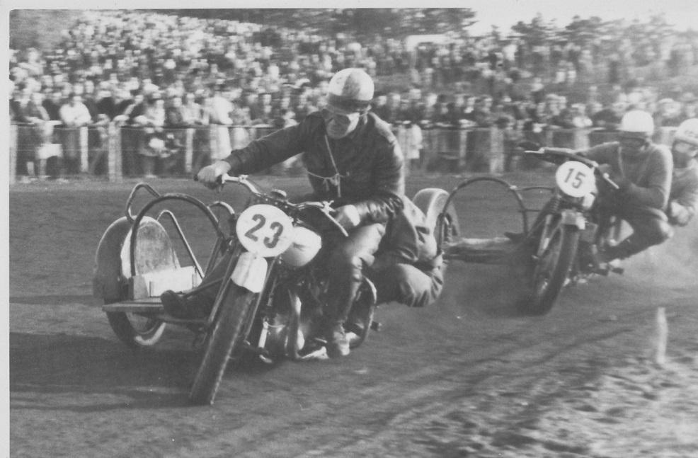 Hem Odde sept. 47. Carlo foran Josef Koch.