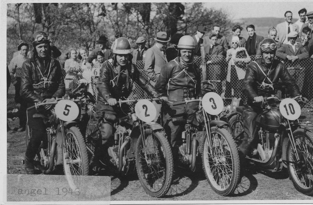Fangel 1946. Fra venstre er det C.O., Svend, Bent og N.V.