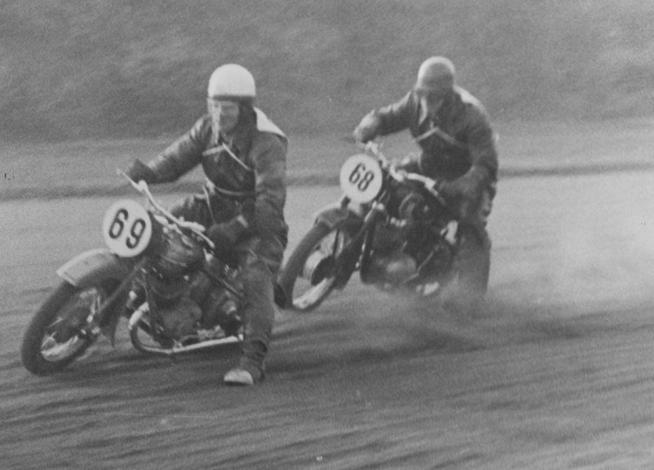 JVB 1953. Gunnar foran Aage Iversen.