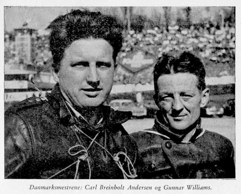 Motorbogen 1960 bragte dette billede af Carl og Gunnar fra et af deres løb på Roskilde Ring i 1959