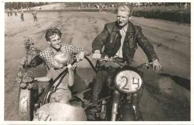 Harry og Henning Krogh vandt juli løbet på Løvel i 1956.
