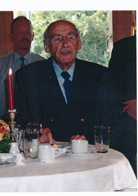 2004-08-24 Afskeds recpt. Nic. Christiansen