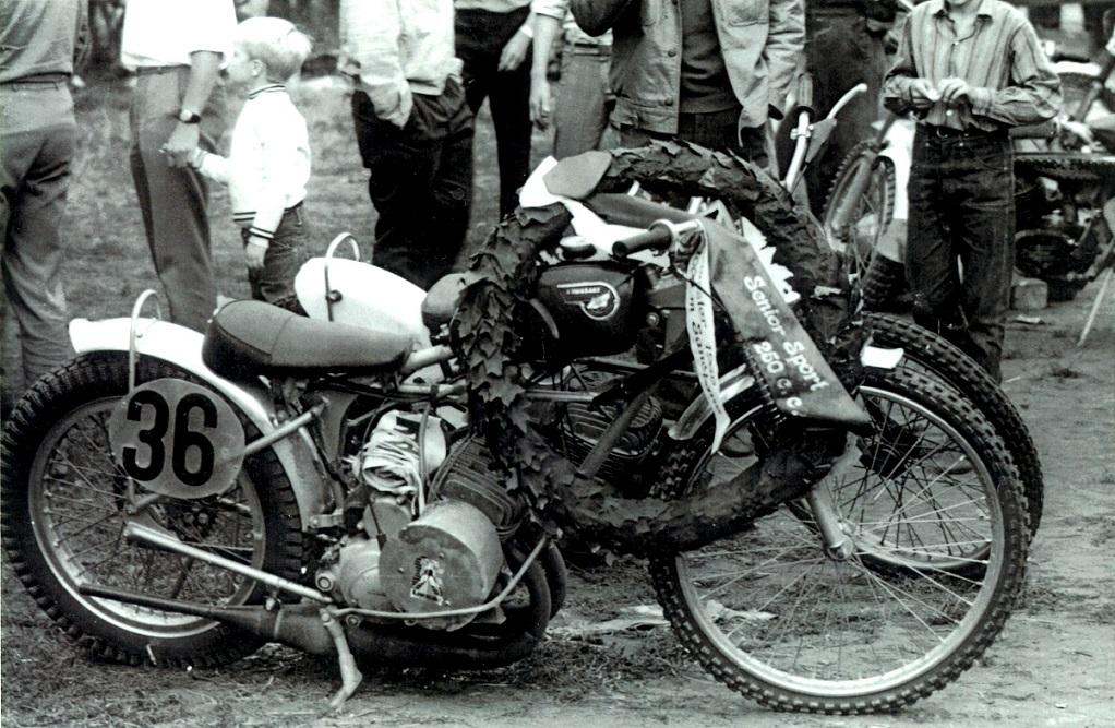 I 1969 var det Carsten Jørgensen, der kørte 250cc raceren til sejr ved DM i Skive.