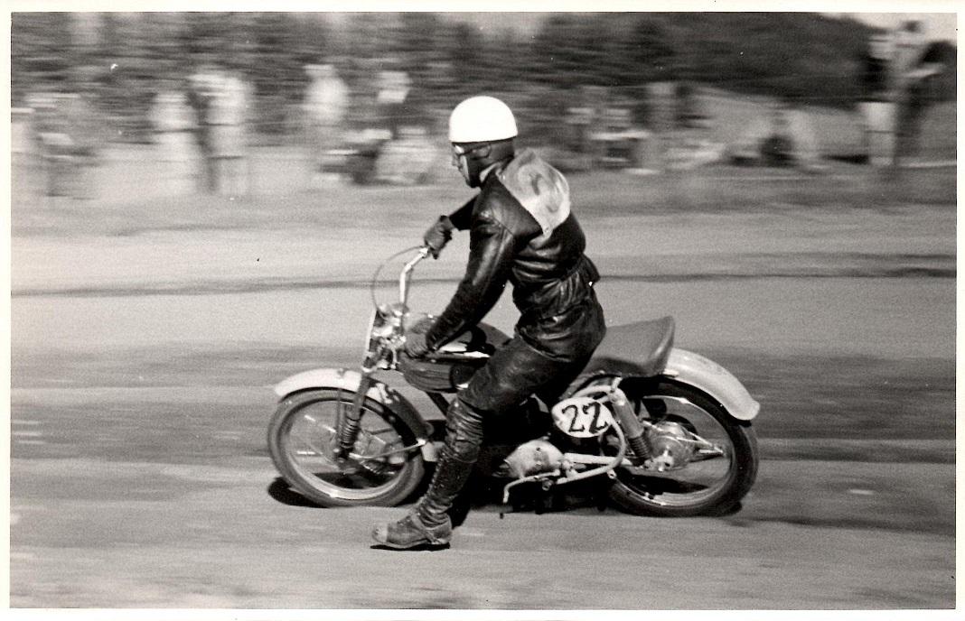 Løvel 1955 2. pinsedag