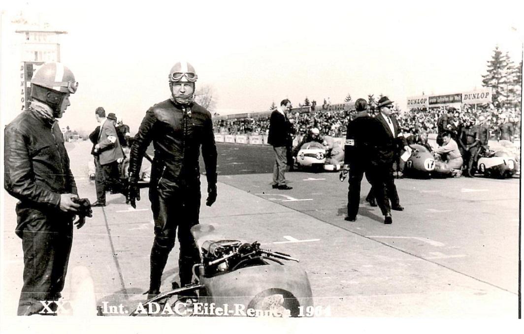 Nürburgring 1964. Carl og Ole klar til start img1.