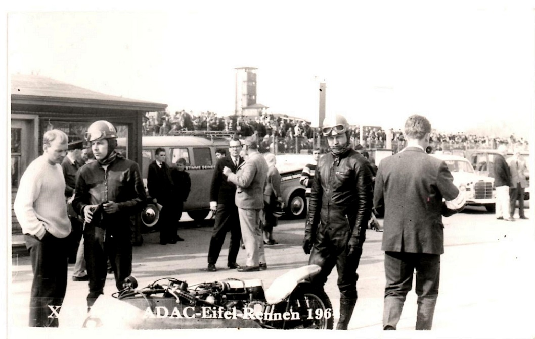Nürburgring 1964. Carl og Ole klar til start img2.