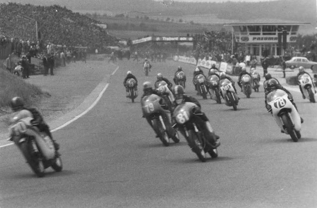 Sachsenring juli 66. Franz med nr. 81.