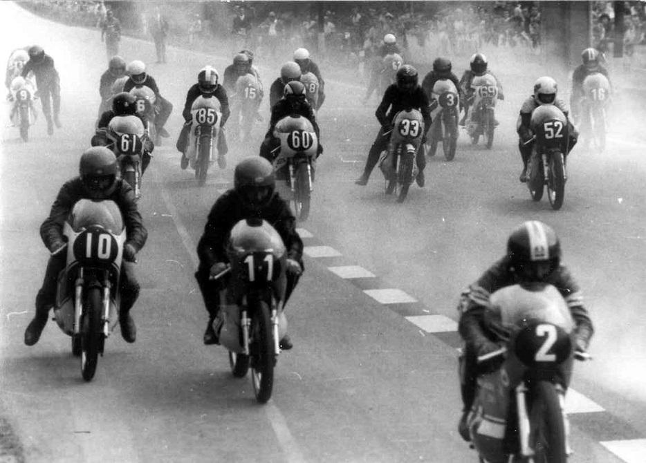 125cc starten i Karvina.