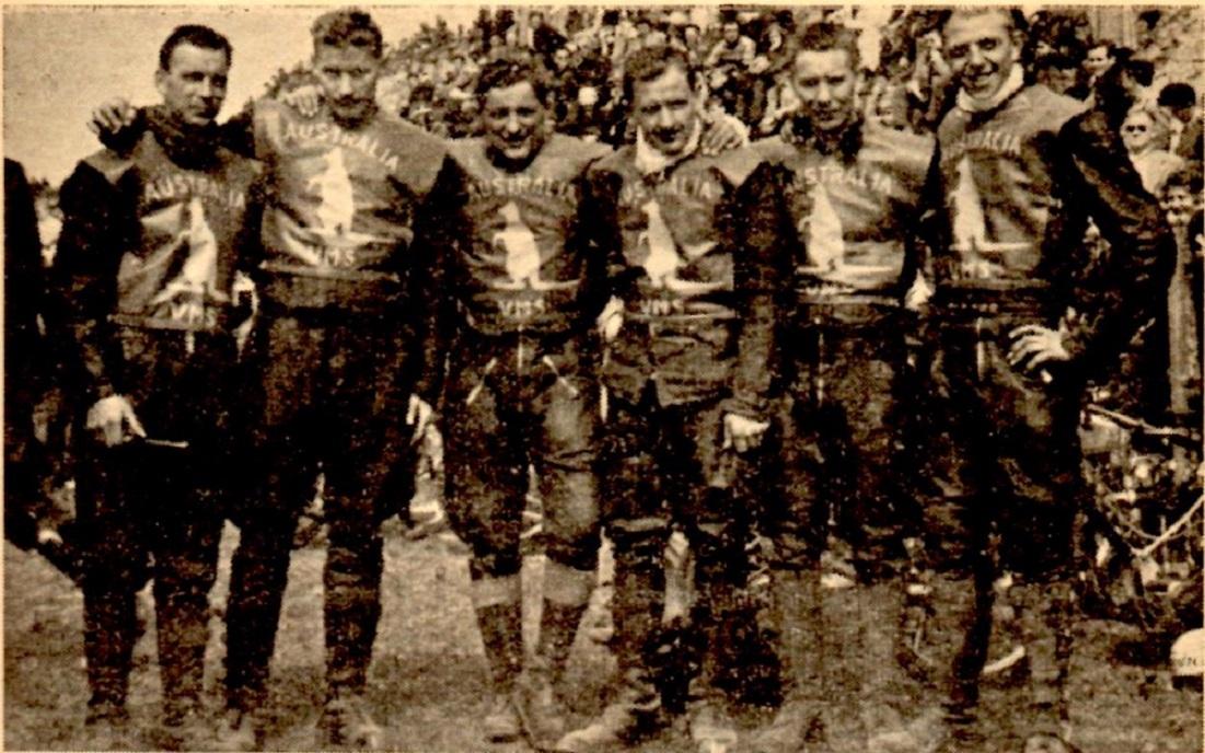 Aksel var holdkaptajn på Australia holdet i 1957. Her ses holdet med fra venstre Leif Laursen, Jørgen Momme, Aksel, Kristian Karger, Tage Hansen og Gunnar Spitfejer.