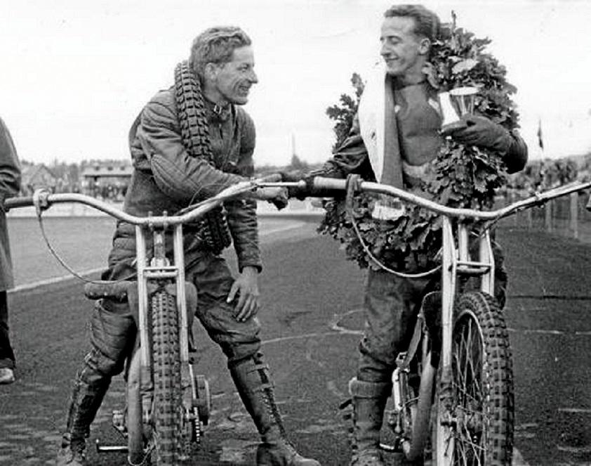 DM 1956 Selskov. Aksel bliver efter et forrygende løb toer efter omkørsel om titlen med Arne Pander.