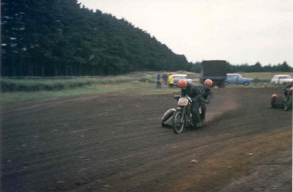 Elling 1968. Niller og Gert i front.