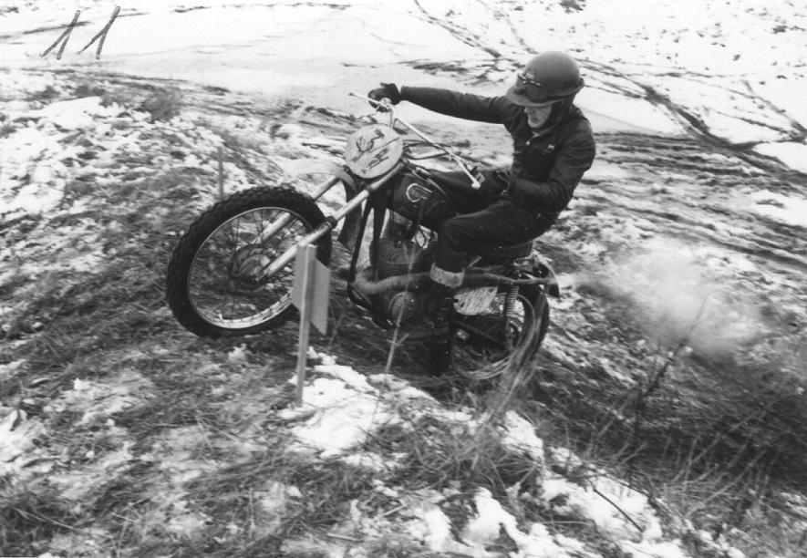 I marts 1970 kørtes et klubløb i stiltrial på Vester Eng, hvor Carsten ses på Kawasaki-crosseren. Img1.