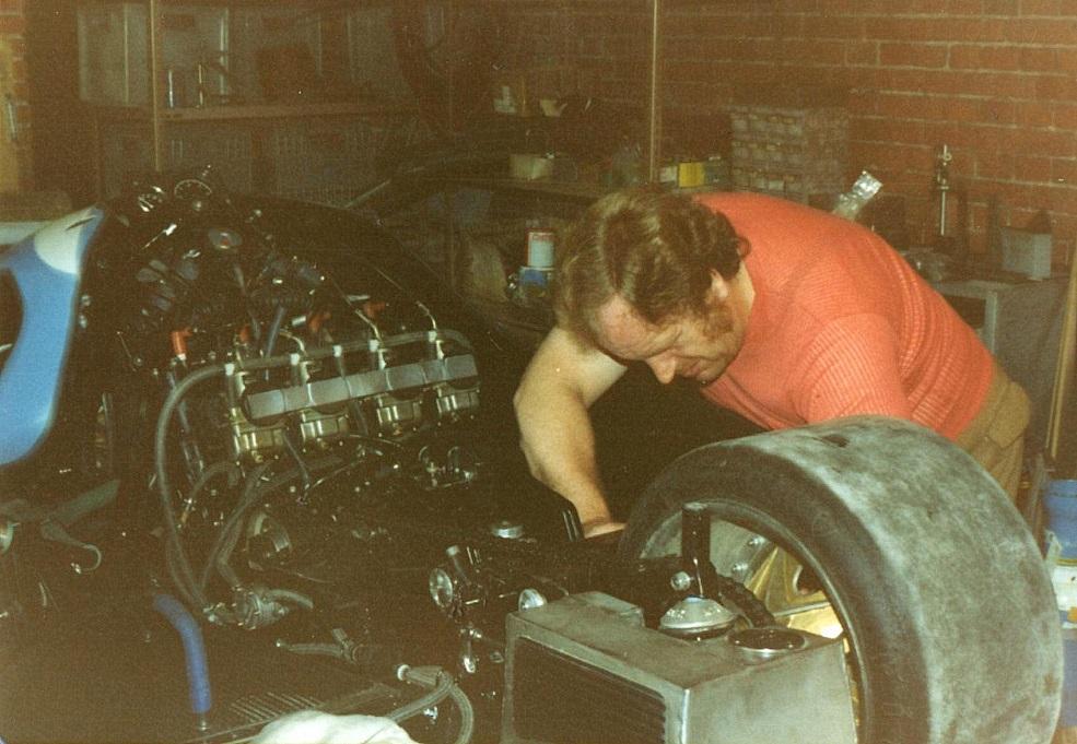 Arne Mogensen gav en stor hånd med i projektet.