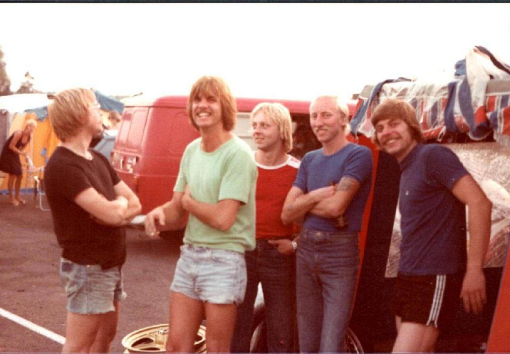En glad flok på Anderstorp juli 1978. Fra venstre Alex Rasmussen, Per Hjarbæk, Paul, Carl Frederiksen og Michael Nielsen.