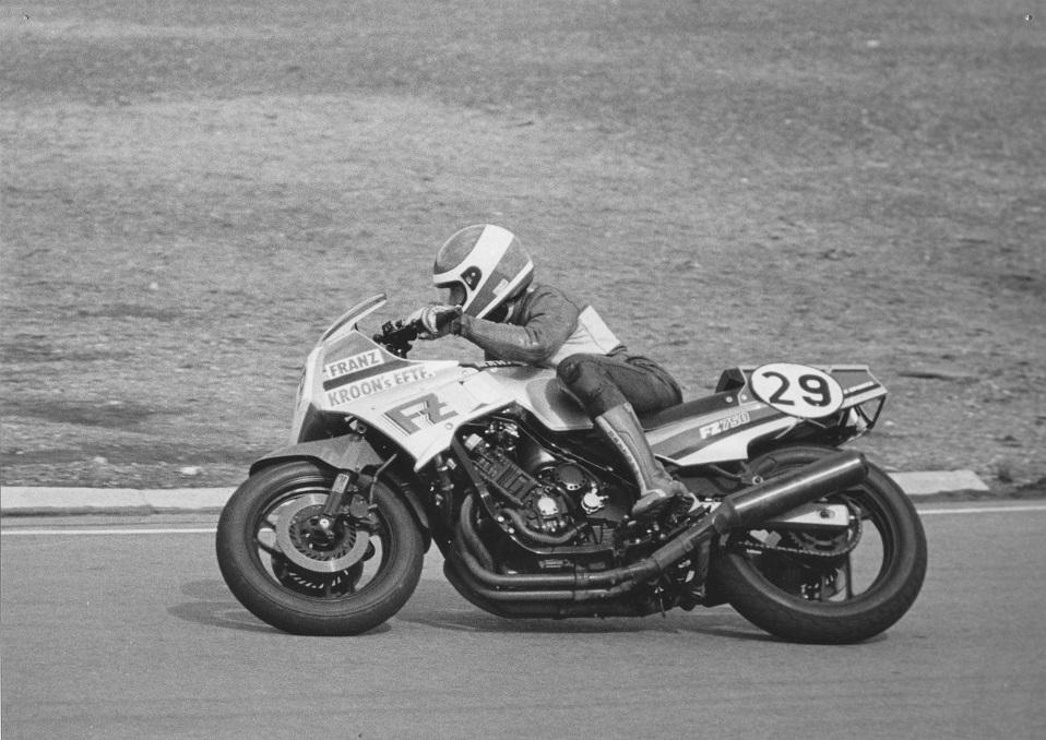 1985 april Ring Djursland. Denne gang på FZ750.