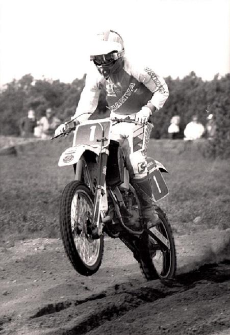1988. Succes-sæson på Cagiva 125cc. Kim her i Uhre vandt begge DM-heat og siden også mesterskabet.