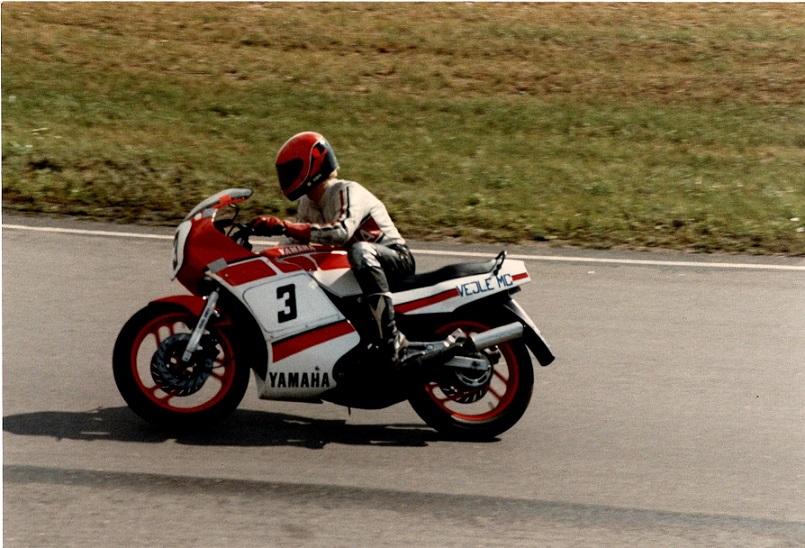 Chris Jensen på RD350cc
