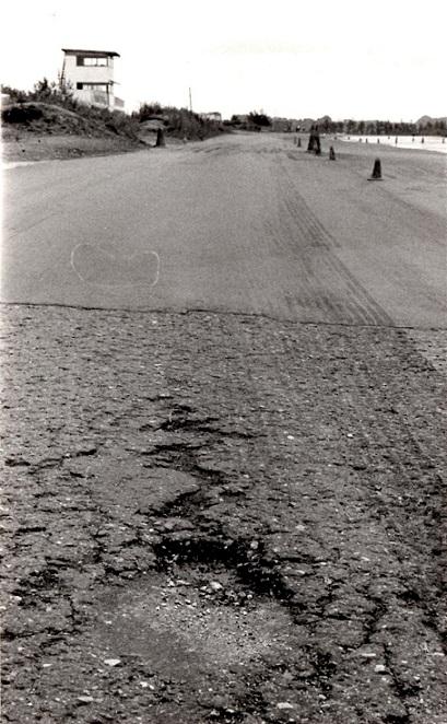 Ring Djursland dårlig asfalt img1 MB 1982 aug.
