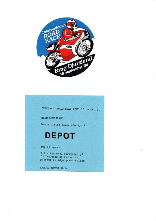 Øverst en klæbemærkat, som blev flittigt omdelt. Nederst en simpel depotbillet.