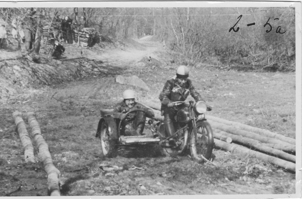 Hvidsten trial 1946. Frank i sidevognen ved Carlo Sejer. img1