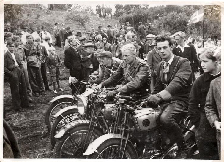 Stadig sejrherrerne i Volk, men her et fint billede af Erling set fra siden.
