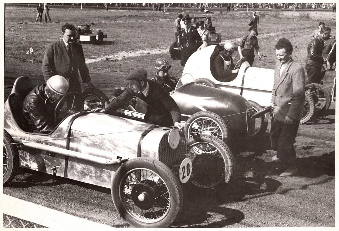 Lindberg th var starter ved det første midget løb i Danmark maj 1947.