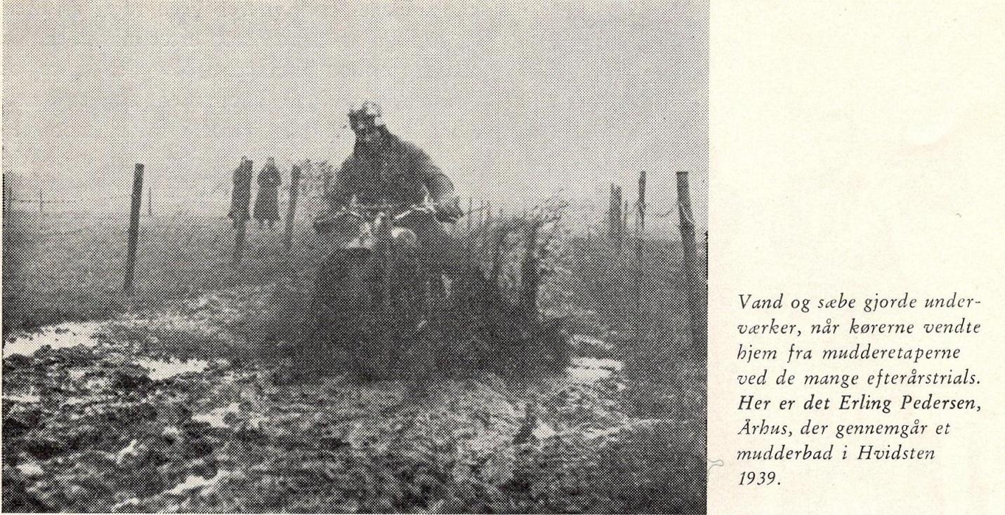Den Blå Bog bragte dette billede af Erling fra Hvidsten trial 1938. Billedteksten siger 1939, men det passer ikke.