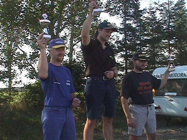 Lars Rulffs vandt Superbike foran Ulrik Nielsen tv og Ole Madsen th.
