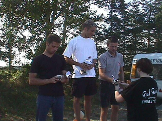 Jens Kristian Nielsen vandt Standard 400 foran Nicolai Sørensen tv og Ole Kristiansen th.