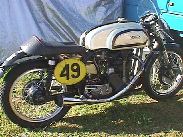 Fin Norton kørt af Svend E. Petersen, RRF