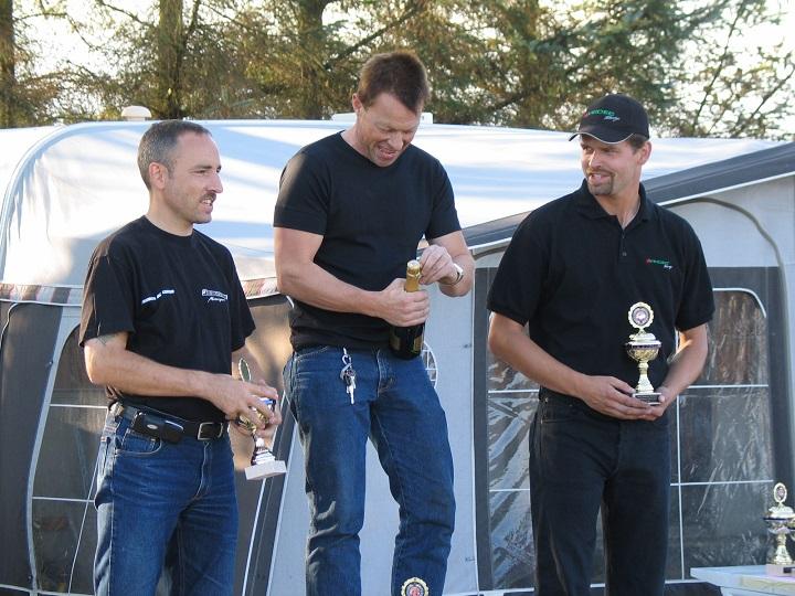 Alex Lauridsen vandt 125cc Stocksport oldboys foran Finn Nielsen tv og Claus Voetmann