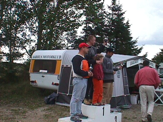 Jens kroon vandt Entusiast foran Michael Rønde tv og Ole Kristiansen. Alberte med på skamlen.