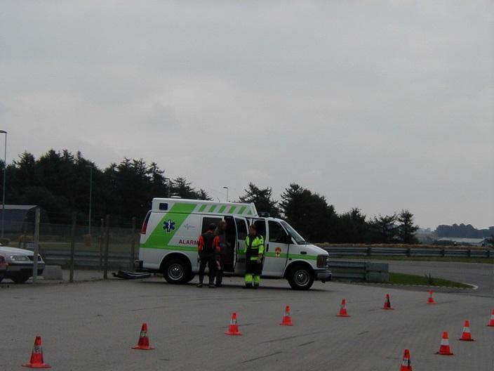 REKO var lokal og stationeret i Kolind. De leverede ambulancetjeneste til os i mange år indtil de lukkede.