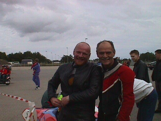 Poul Nyrup og Bent Møller ser helt glade ud.